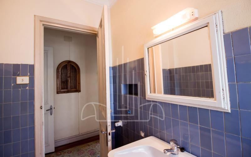 Baño privado de habitación de la torre en planta noble