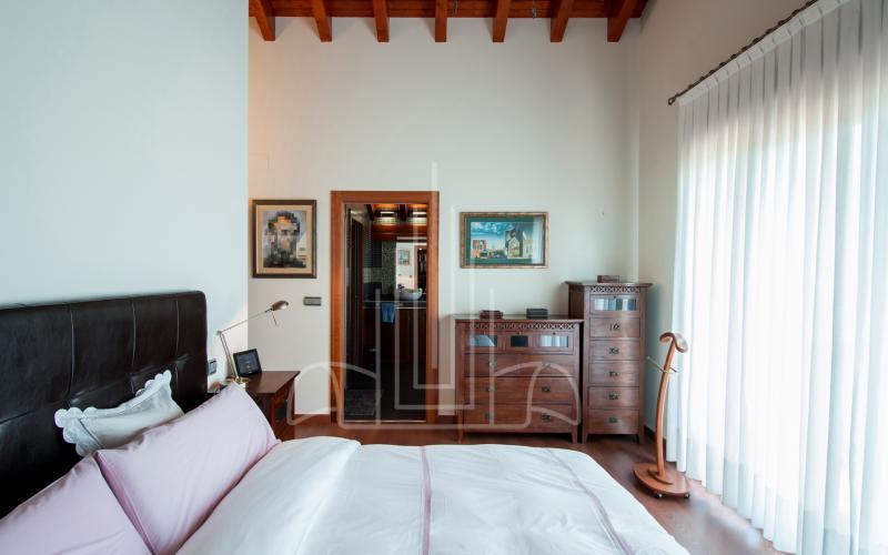 Dormitorio principal en vivienda unifamiliar en el Valle de Ayala, Menagarai